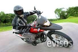 Moto xre 300 com 10.000 km vermelha