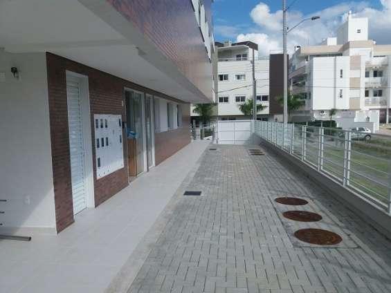 Apartamento 3 quartos (2 sts) - vaga dupla - jurerê - floripa/sc