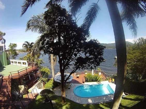 Fotos de Casa 4 suítes - alto padrão - à beira da lagoa da conceição - floripa/sc 1