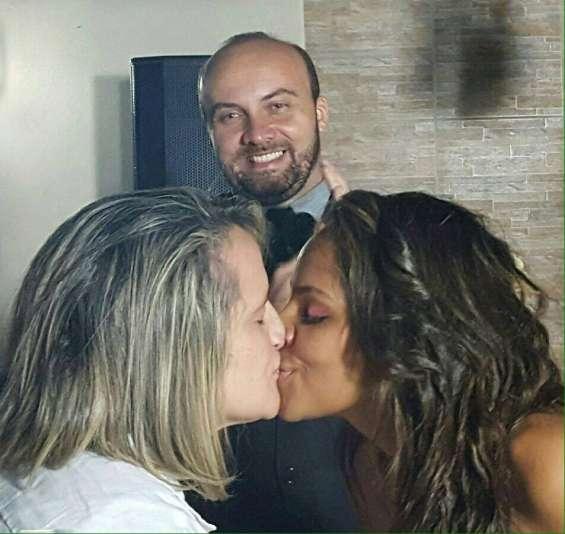 Celebrante de casamentos bilíngue e homoafetivo - nilo martins 61 98138-8118 (whatsapp)