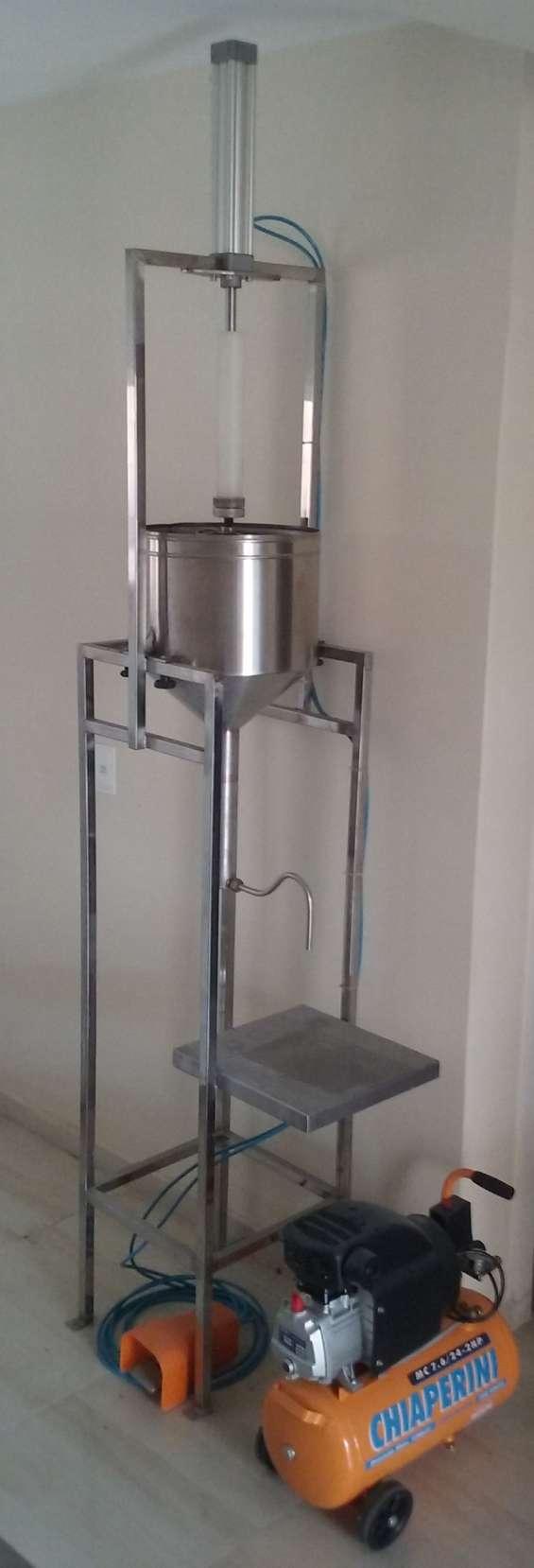 Vendo máquina dosadora pingadeira automatica para fazer bolos e outros