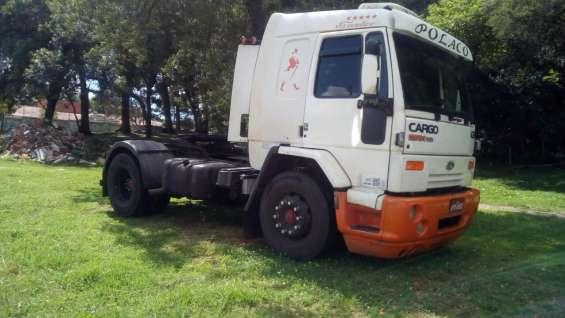Cargo 4331 cavalo gabine leito