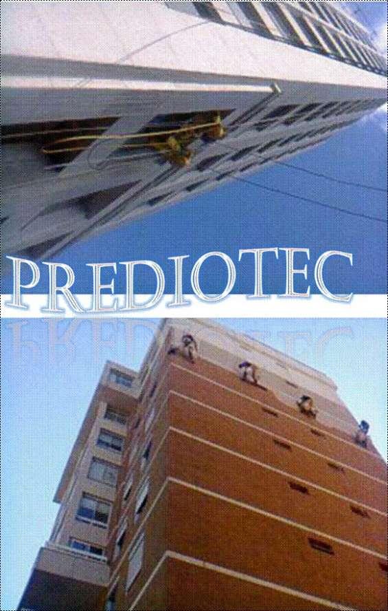 Problema de infiltração, paredes descascando, mofo, manchas e umidades nas paredes,fachada