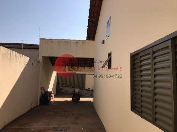 Casa no bairro santa mônica
