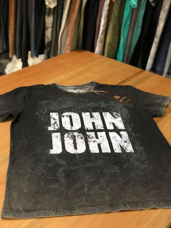 Fotos de Camisetas pre lavada 3