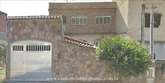 Campo grande - bairro adriana - casa duplex 3 quartos/1 suíte - 180m2 - 3 vagas - aceita