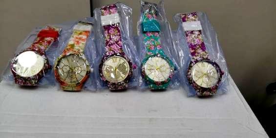 Relógios de silicone femininos adidas