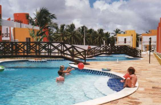 Casa triplex 3/4 cond. fechado -praia de maracajaú - maxaranguape - rn