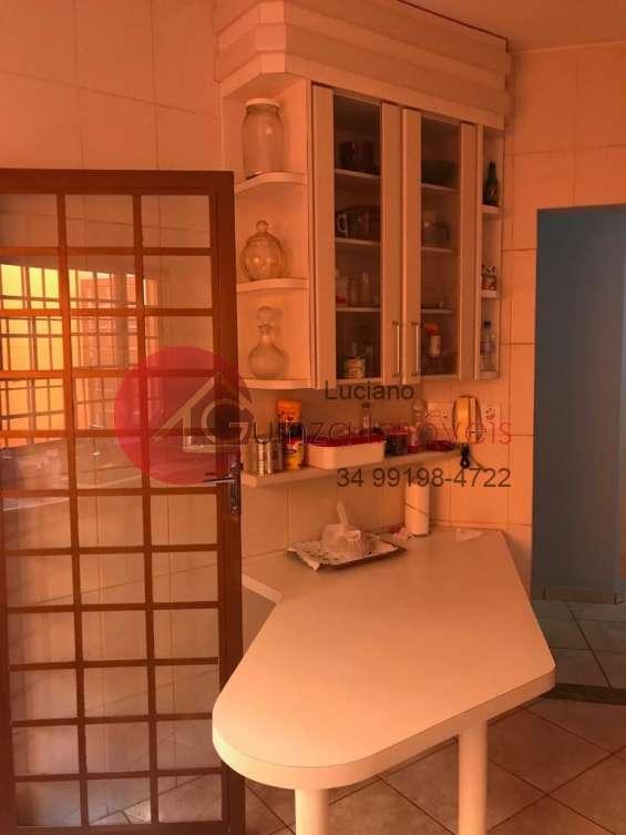 Fotos de Casa no bairro roosevelt em uberlandia 6
