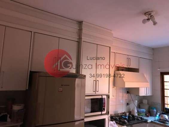 Fotos de Casa no bairro roosevelt em uberlandia 5