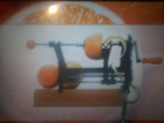 Otimo descascador de laranjas