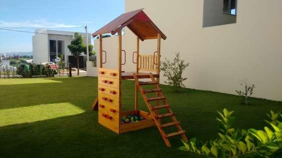 Playground escola r$ 2.399 instalação r$ 349 fone 1999 2445629