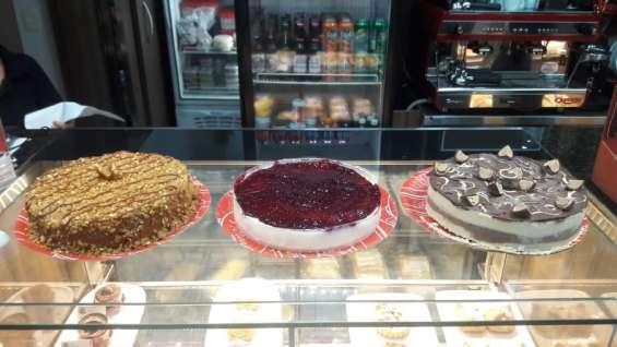 Cafeteria café 110, centro, rj: tortas e bolos