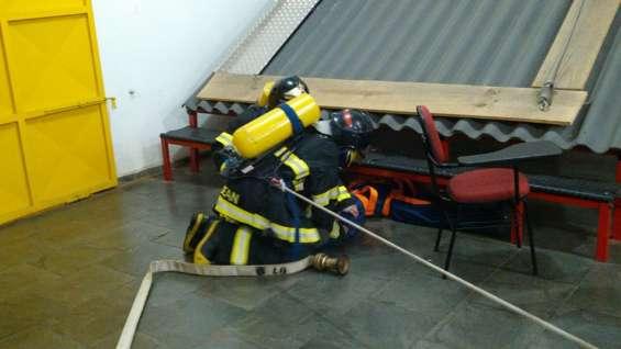 Organize seu avcb preço integrado: avcb do bombeiro e treinamento de brigada