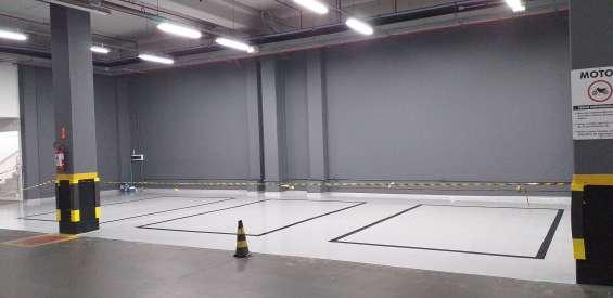 Pintura de garagens e estacionamentos 965646070